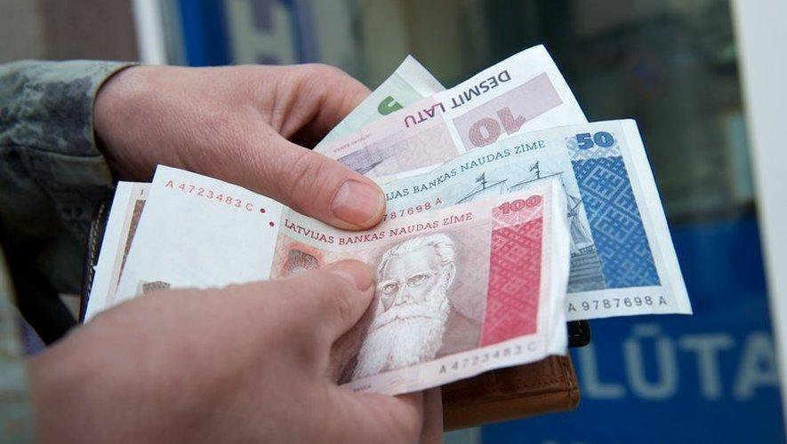 Bruxelles donne son feu vert à l'entrée de la Lettonie dans l'euro