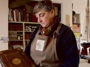 Canet-en-Roussillon La restauration de livres anciens est un art à part entière
