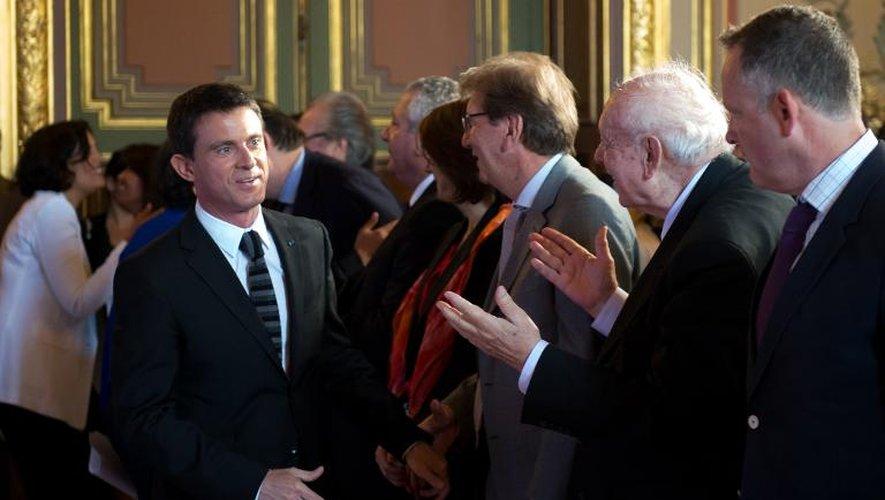 Le maire de Marseille Jean-Claude Gaudin et le premier ministre Manuel Valls à Marseille le 29 mai 2015