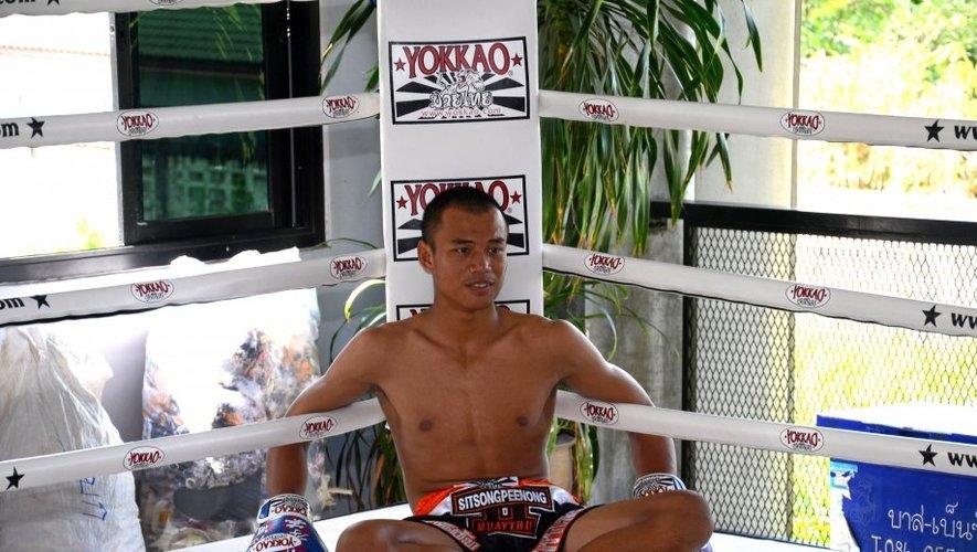 À seulement 22 ans, Sittchai que l'on surnomme «baby killer» a déjà un palmarès éloquent.