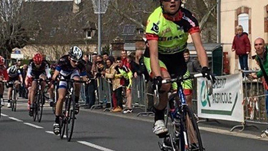 Troisième course et... troisième top 10 pour le coureur de Nuces qui s'est imposé au sprint, lundi, à Rignac.