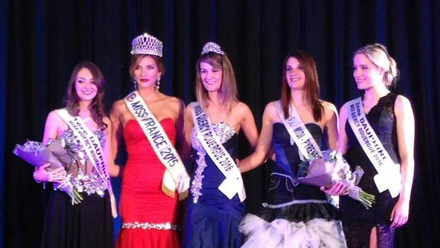 Amandine Alcouffe et ses dauphines aux côtés de Miss France 2015 et Miss Midi-Pyrénées 2015.