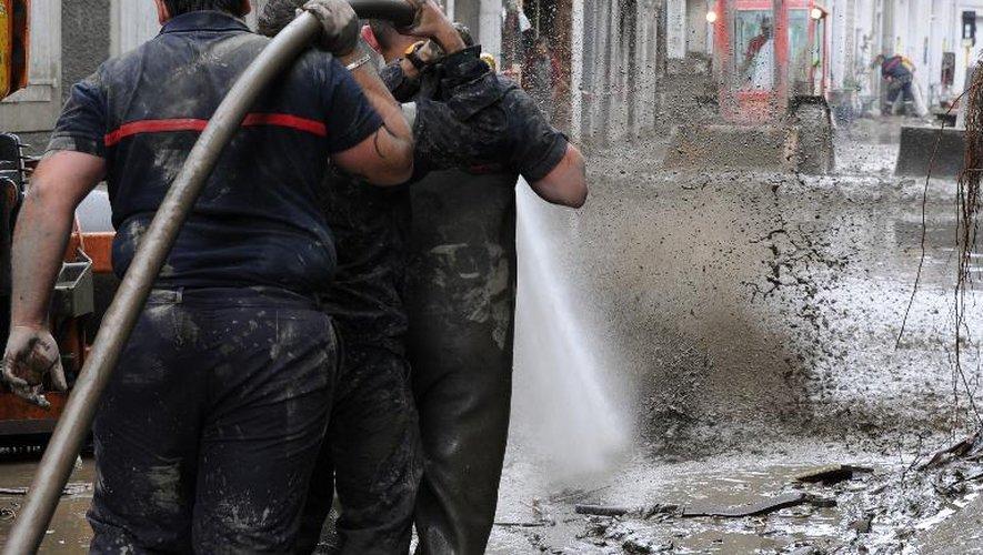 Pompiers en intervention le 20 juin 2012 à Saint-Beat