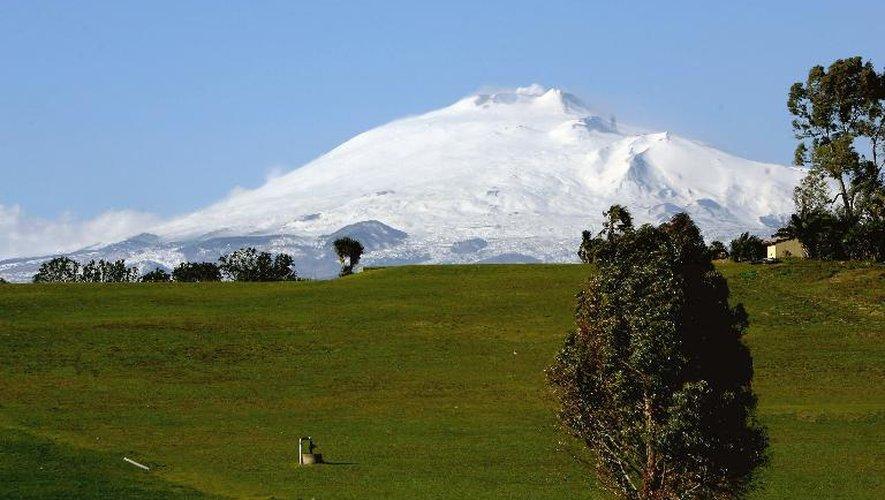Le volcan italien Etna, le 8 mars 2006