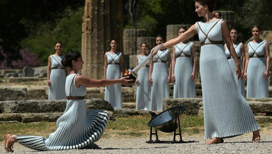 Cérémonie de l'allumage de la flamme olympique au Temple d'Hera à Olympie, le 21 avril 2016