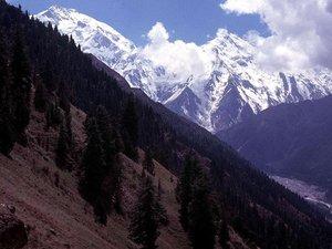 Pakistan: au moins neuf touristes étrangers tués par balle