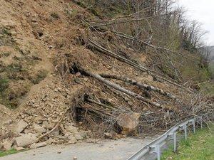 Aveyron : éboulement spectaculaire au Truel