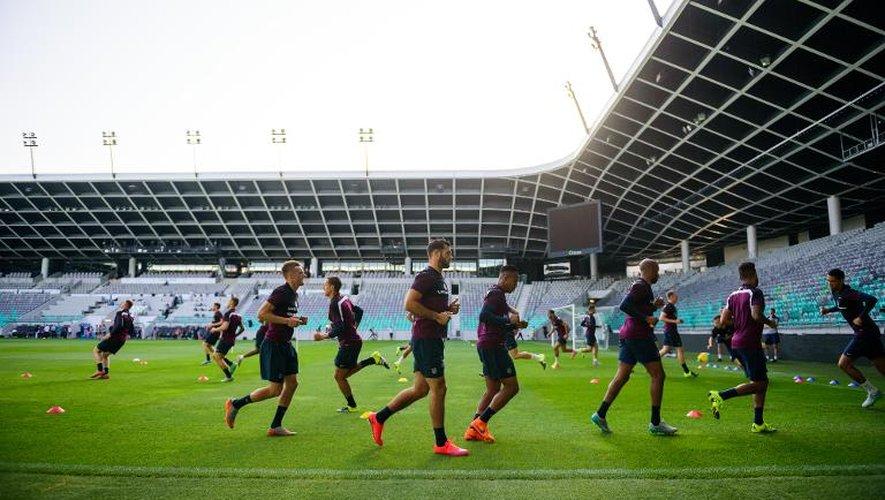 Les joueurs anglais à l'entraînement à Ljubljana, le 13 juin 2015