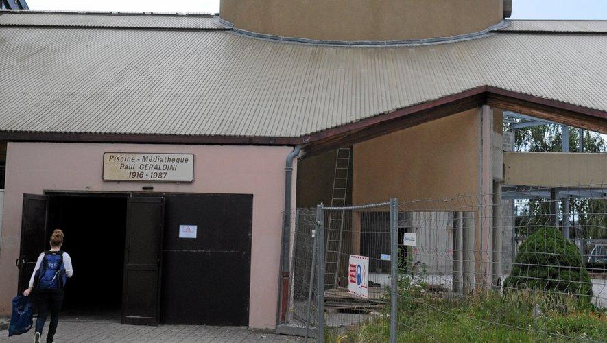 A cause des travaux de l'agora, la piscine ne devrait ouvrir ses portes au mois de septembre.