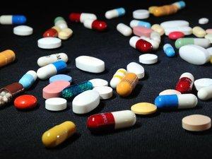 Plus d'un Français sur dix achète des médicaments sans ordonnance en ligne