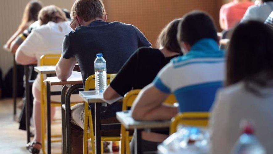 Les candidats au baccalauréat lors de l'épreuve de philosophie le 17 juin 2013 à Strasbourg