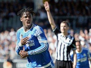 Ligue 1: vainqueur à Angers, l'OM assure enfin son maintien