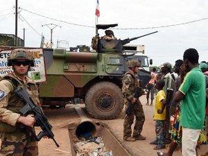 Centrafrique: 1.300 musulmans escortés hors de Bangui