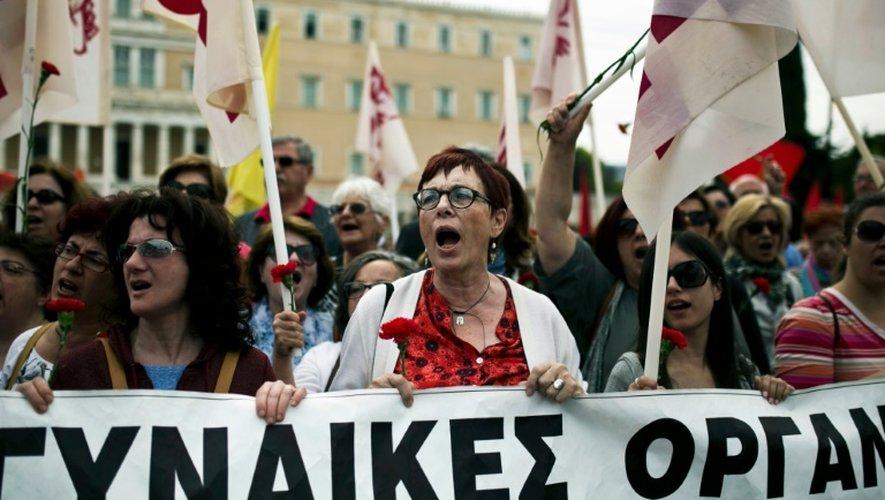 Une manifestation contre la réforme des retraites à Athènes, le 8 mai 2016