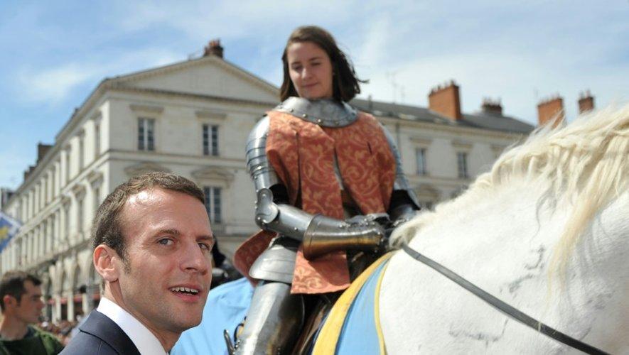 Le ministre de l'Économie et de l'Industrie Emmanuel Macron, lors d'une cérémonie en hommage à Jeanne d'Arc, à Orléans, le 8 mai 2016
