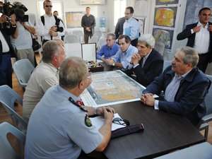 Proche-Orient: Kerry prolonge sa visite sur fond de signes positifs