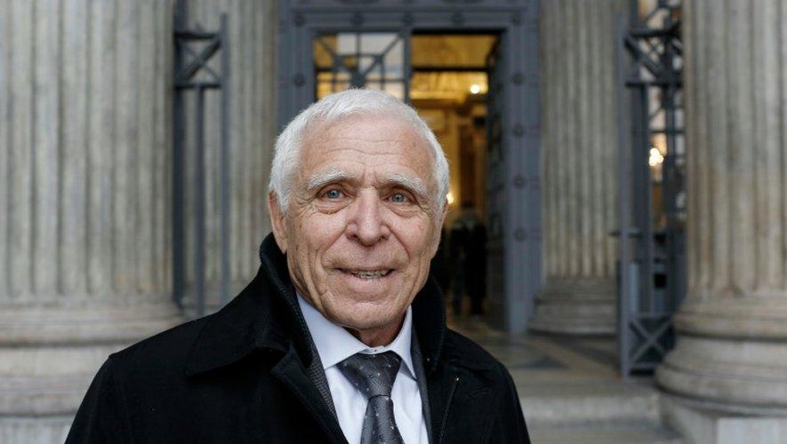 Christian Iacono pose après avoir été acquitté par le tribunal de Lyon le 25 mars 2015