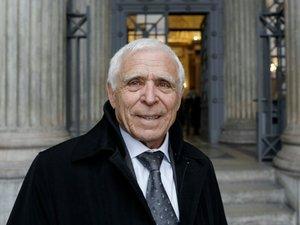 Acquitté en 2015 des accusations de viol de son petit-fils, l'ex-maire de Vence indemnisé