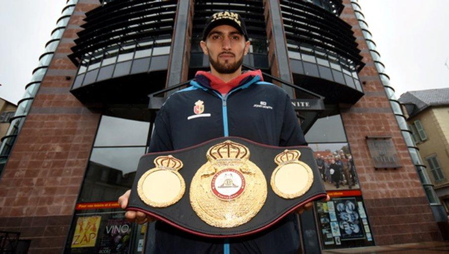 Artem Haroyan, champion continental WBA, sera la tête d'affiche du gala ce soir. L'Arménien, toujours invaincu chez les pros, est arrivé vendredi d'Espagne où il s'entraîne depuis des années dans le célèbre «Team Povedano», à Tenerife.