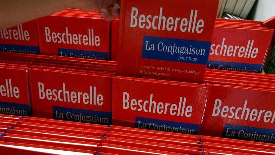 """Le """"Bescherelle"""", le manuel de conjugaison,  le 2 août 2004."""