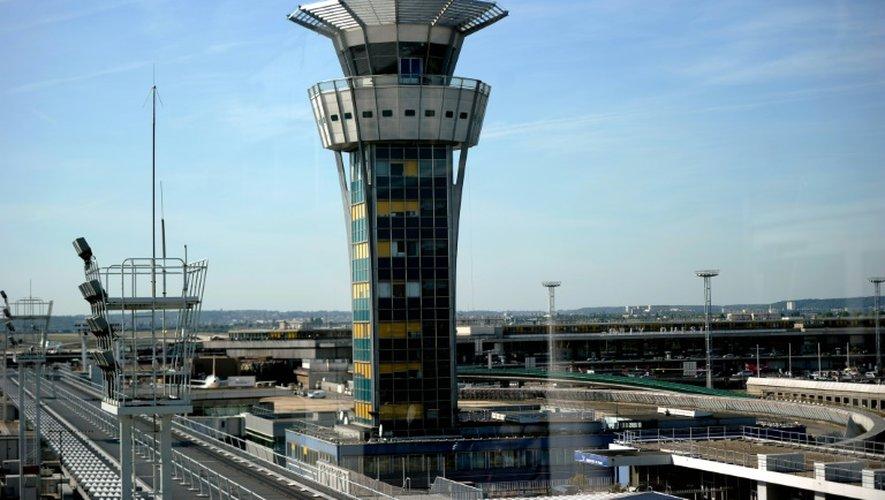 La tour de contrôle de l'aéroport d'Orly près de Paris, le 27 septembre 2014