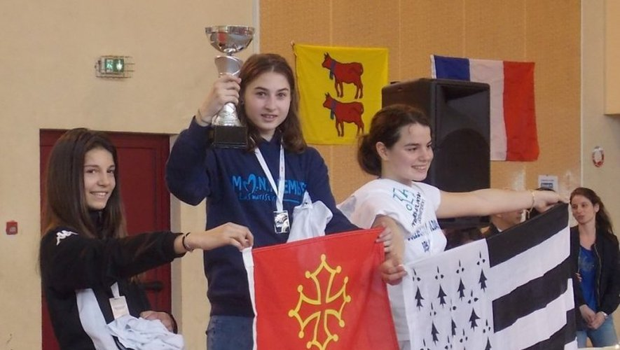 Clémentine avait déjà brillé lors des championnats de France UGSEL (Fédération sportive éducative enseignement catholique). Décrochant le bronze au sabre et l'argent à l'épée !
