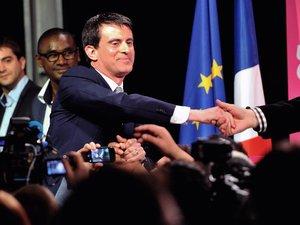 Valls: 1,8 million de ménages vont sortir de l'impôt sur le revenu