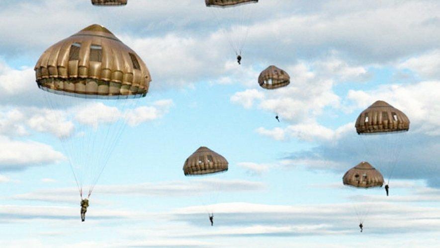 La patrouille de France de parachutisme effectuera un saut de démonstration avec 8 équipiers.