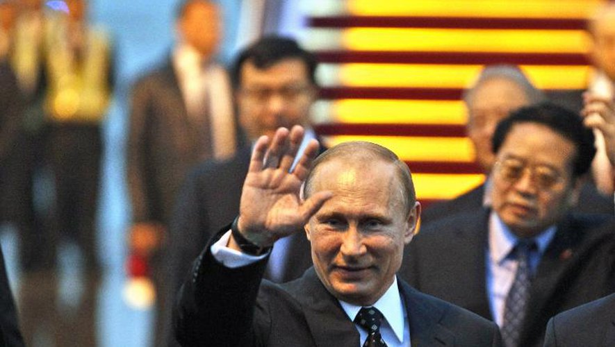 Ukraine: Poutine renvoie ses troupes dans les casernes, l'Otan sans preuves