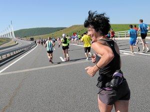 VIDEO : revivez la course Eiffage du viaduc de Millau