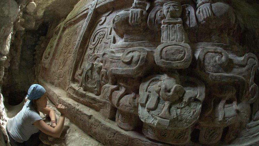 """Guatemala: découverte d'une frise maya  """"extraordinaire"""""""