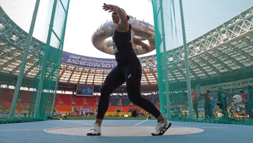 La Française Mélina Robert-Michon lors des qualifications à la finale du lancer de disque des Mondiaux d'athlétisme, le 10 août 2013 à Moscou.