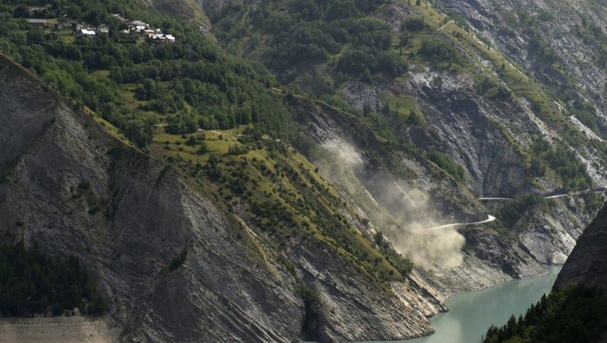 Le glissement de terrain au lac du Chambon, le 5 juillet 2015
