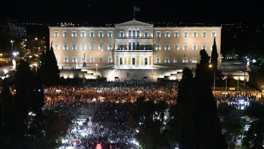 Rassemblement de partisans du non devant le Parlement grec, à Athènes, le 5 juillet 2015