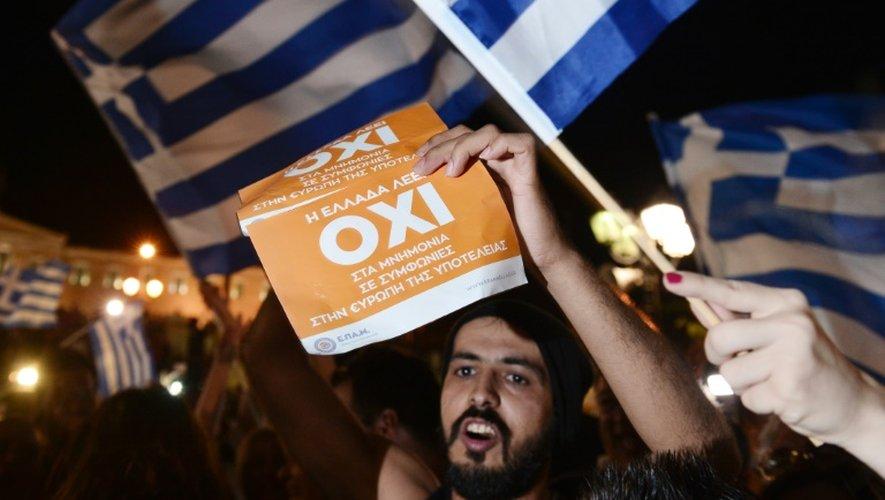 La victoire du non au référendum célébrée le 5 juillet 2015 à Athènes