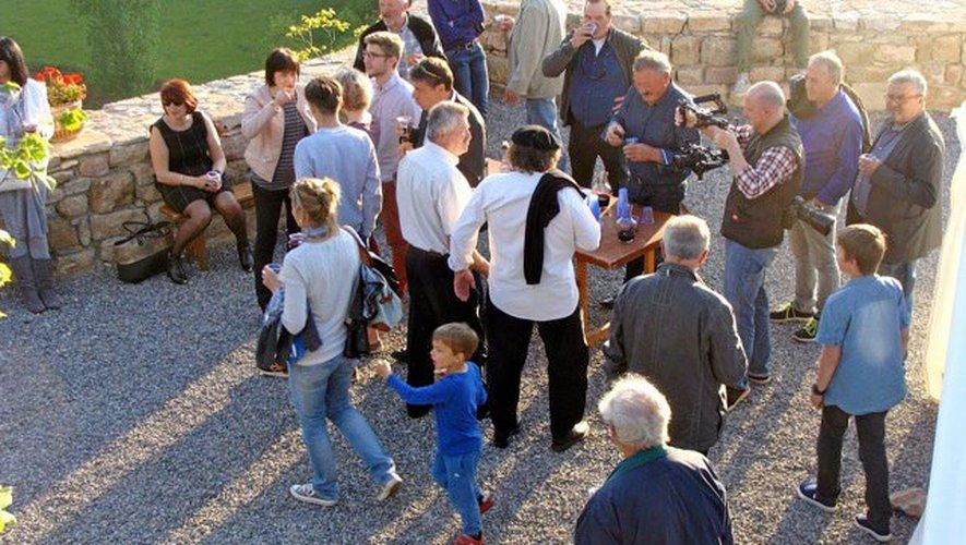 Les participants, heureux de l'accueil que leur ont réservé Anne et Alain, ont été séduits par leur visite.