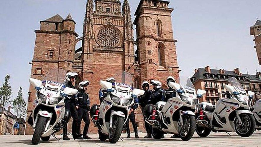 Les douze motards sont venus renforcer les effectifs de la police ruthénoise.