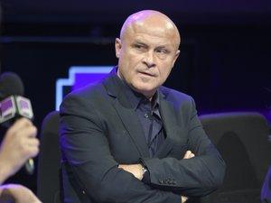 """OlivierPoivre d'Arvor annonce avoir été """"limogé"""" de France Culture"""