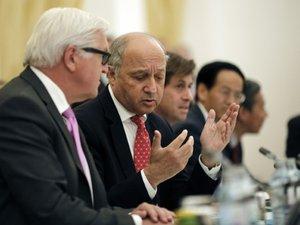 """Nucléaire iranien: des négociations """"péniblement lentes"""""""