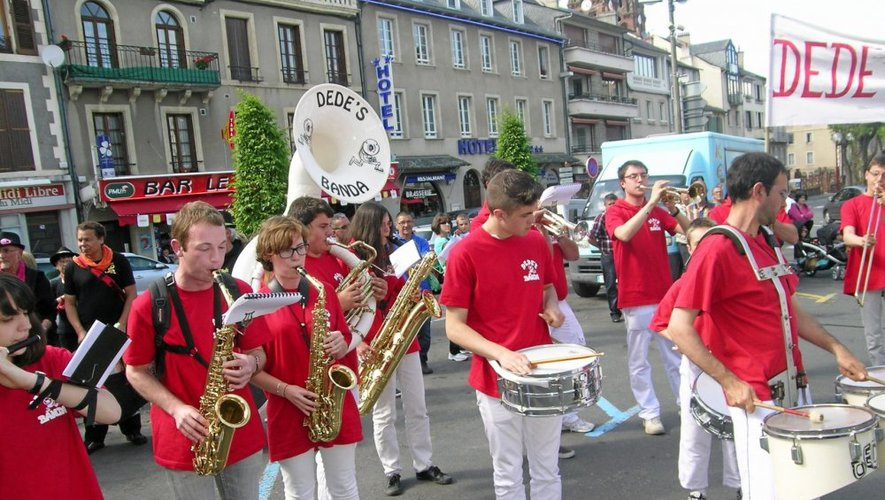 Espalion : gros succès pour le festival de bandas