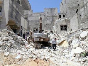 Syrie: bombardement de l'armée sur un fief de l'EI, 28 morts