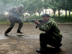 Ukraine: combats meurtriers entre séparatistes et gardes-frontières dans l'est