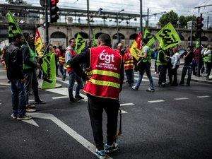 Loi travail: la guerre des nerfs continue à huit jours de l'Euro