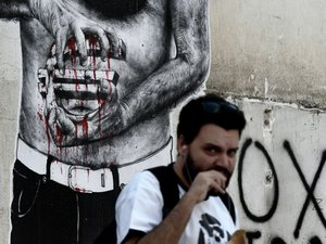 Tsipras se lance dans la bataille pour faire adopter en Grèce l'accord de Bruxelles