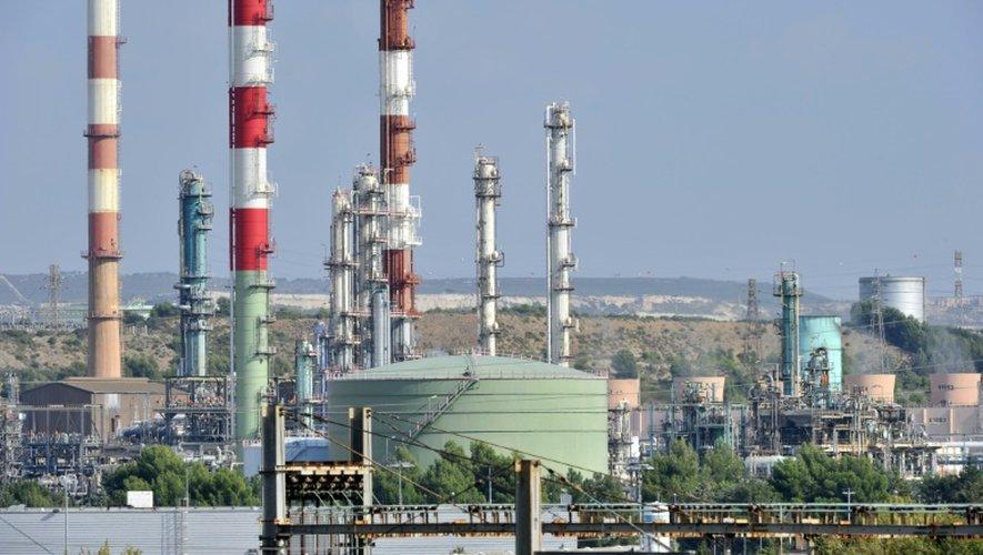 La raffinerie LyondellBasellle le 26 septembre 2011 à Berre-L'Etang