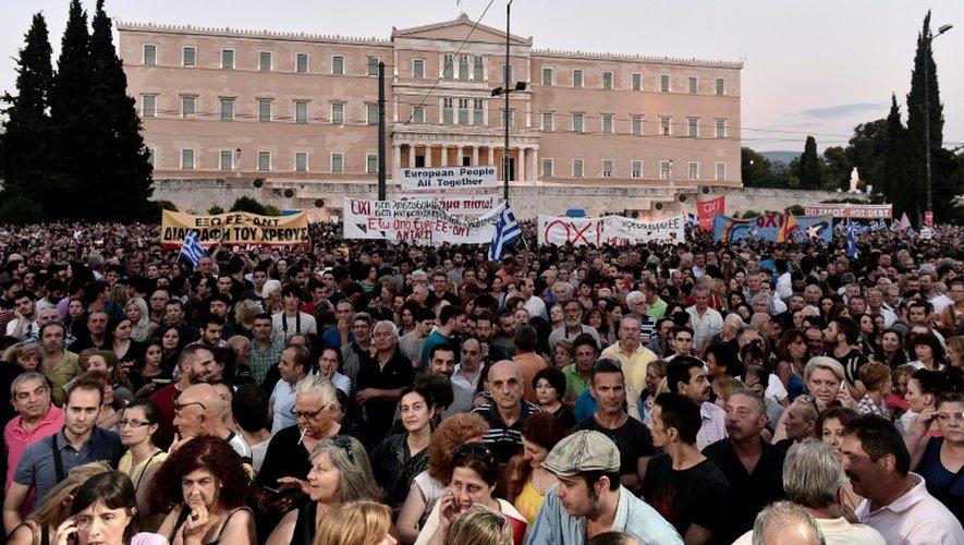 Manifestation devant le Parlement grec, à Athènes, le 29 juin 2015