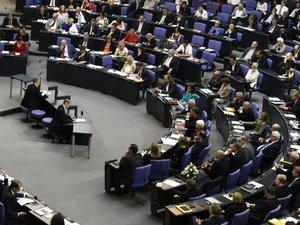 Grèce: feu vert du Bundestag allemand aux négociations sur un 3e plan d'aide