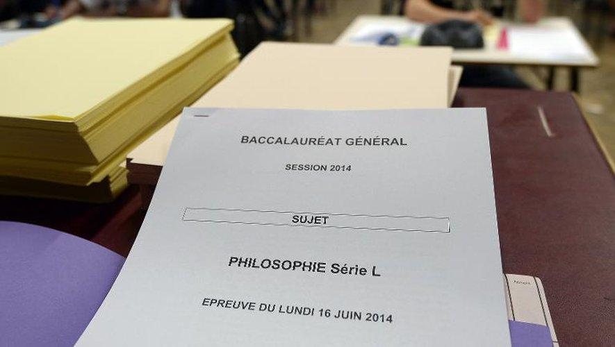 Des lycéens passent l'épreuve de philo le 16 juin 2014 au lycée Fustel à Strasbourg