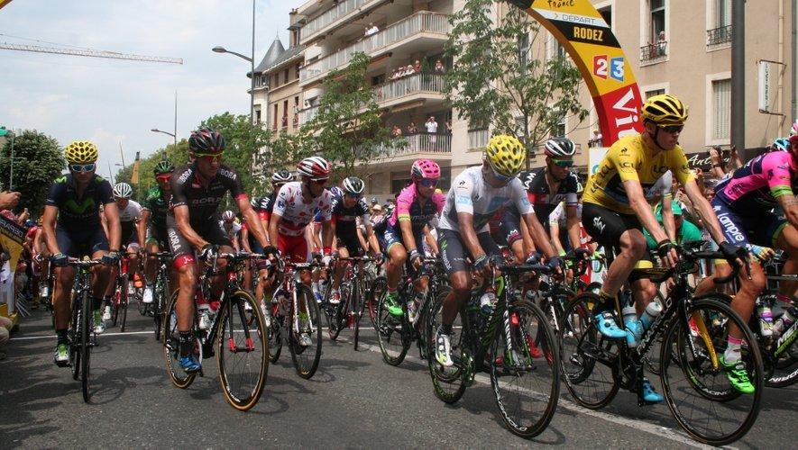 Top départ pour les 175 coureurs du Tour !