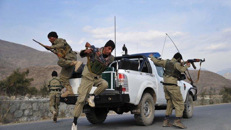 Dix soldats afghans ont été tués lundi matin par un tir fratricide des forces aériennes américaines dans la province de Logar, au sud de Kaboul